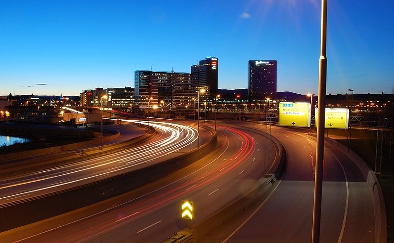 Motorveien i Oslo. Foto: Wikimedia Commons