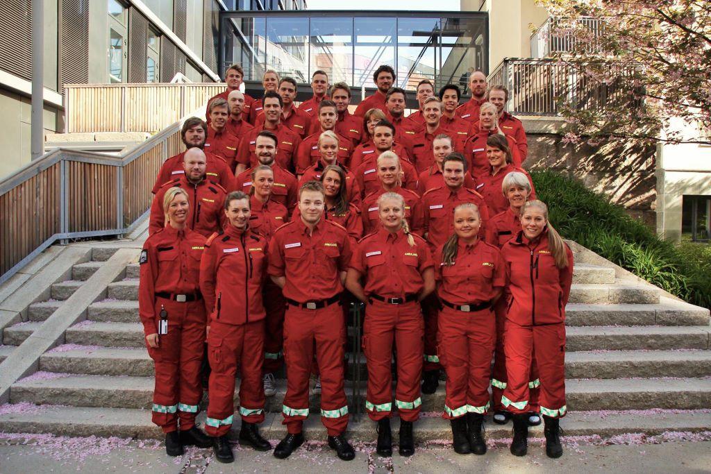 PÅ BEGYNNELSEN AV STUDIET: Her er det første kullet på bachelor i prehospitalt arbeid - paramedic på Høgskolen i Oslo og Akershus. Foto: Andreas Boye Ørbæk Hansen
