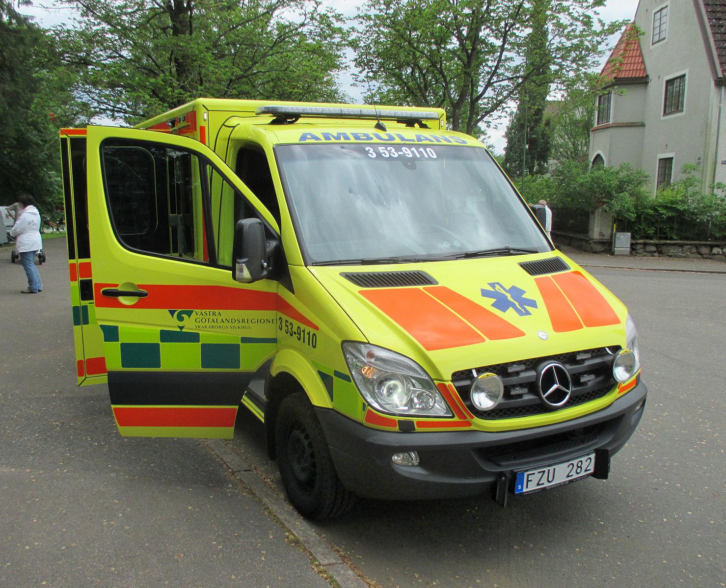 Svensk ambulanse fra Vestre Gøtaland. Illustrasjonsfoto: Wikimedia Commons