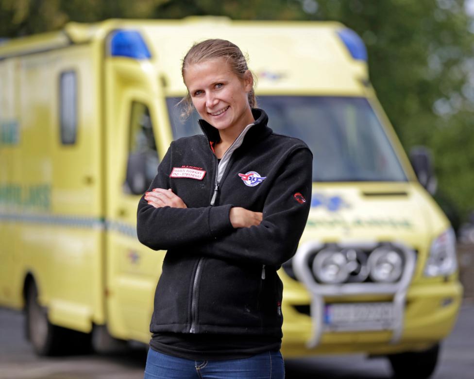Maren Ranhoff Hov foran slagambulansen. Foto: Fredrik Naumann/Felix Features