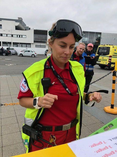 Sykehuset i Vestfold: Lise Lotte Svendsen svarer rett på alle oppgavene. Foto: Live Oftedahl