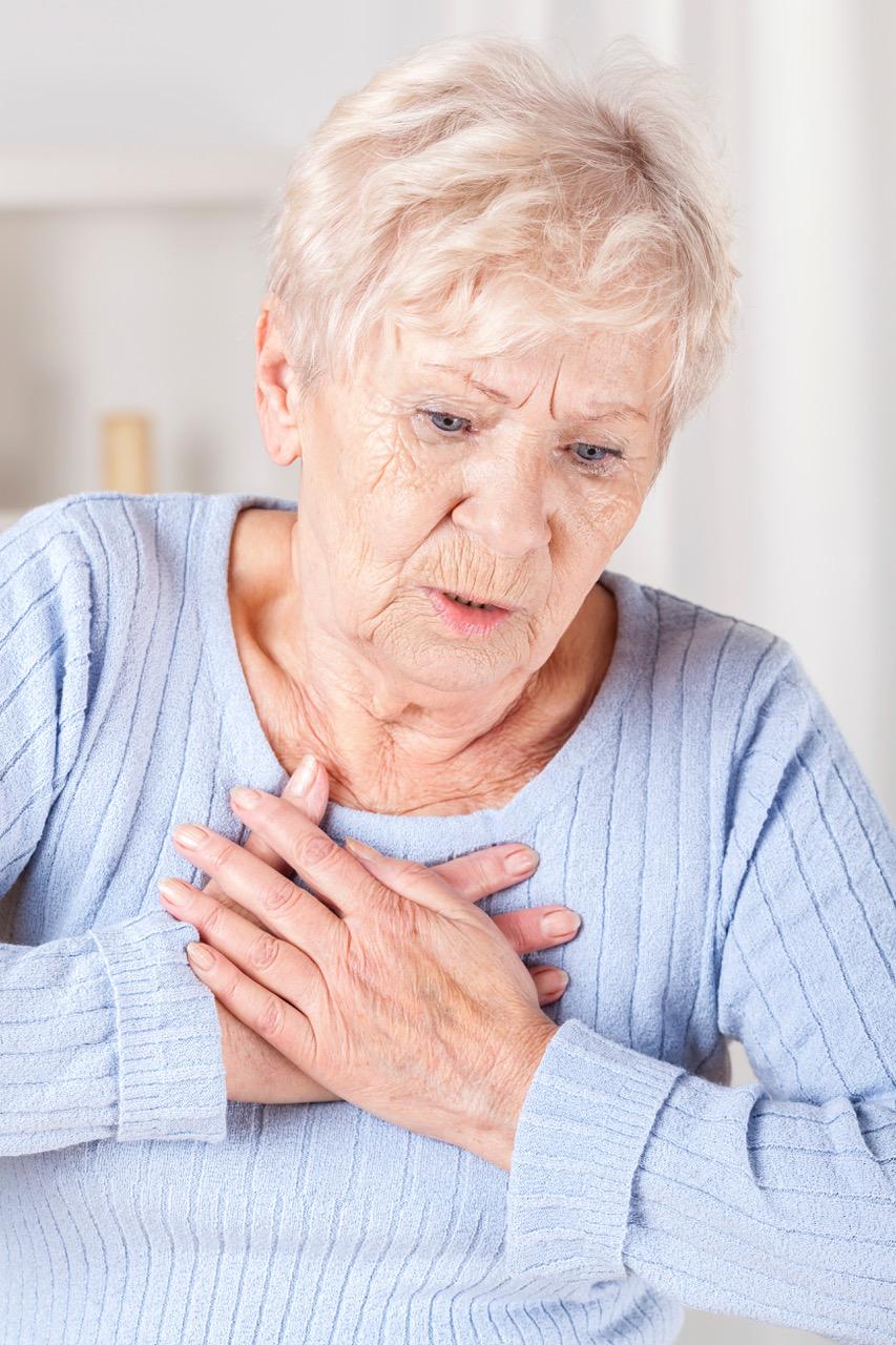 Kvinner har gjerne andre symptomer enn menn på hjerteinfarkt. Illustrasjonsfoto: Thinkstock