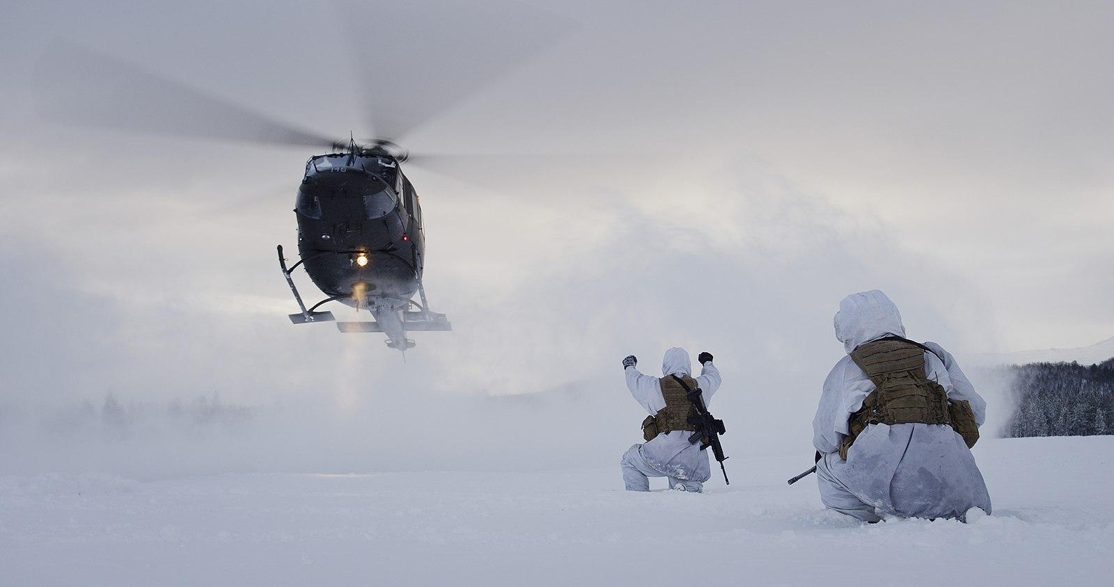Bell-helikopter fra Forsvaret. Illustrasjonsfoto: Torgeir Haugaard/Hæren