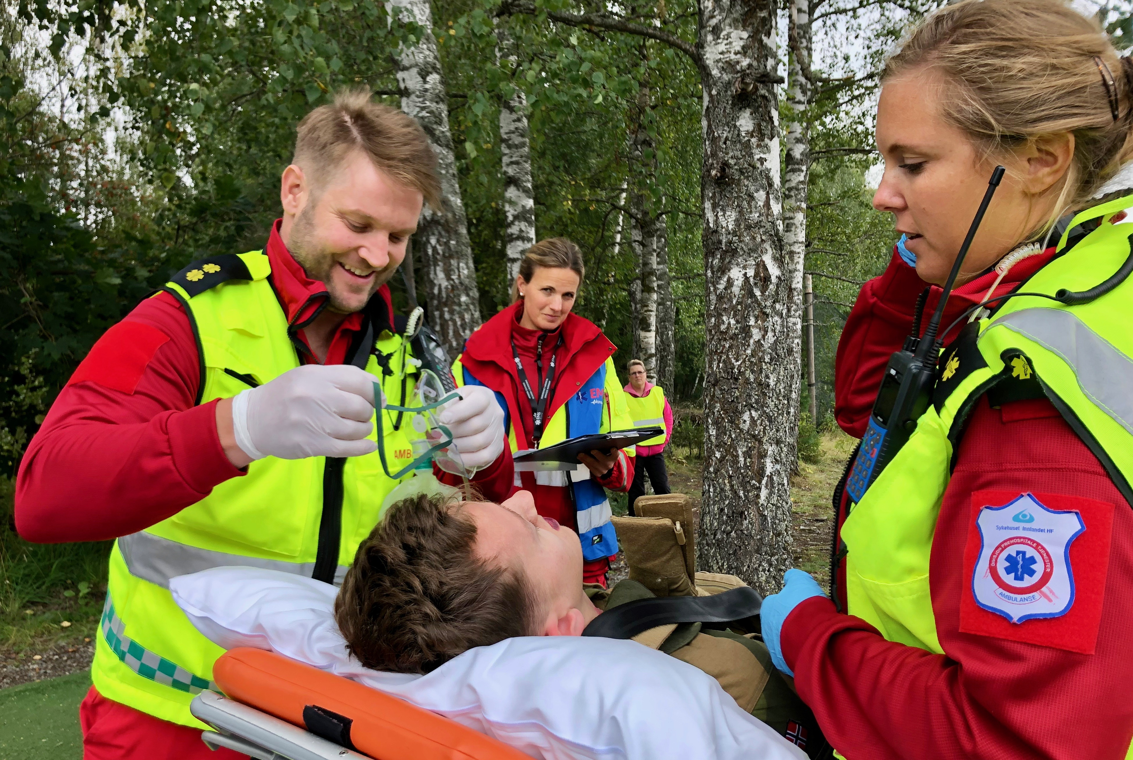 Hæljelaget på anafylaksi-case under Sykehuset Innlandet sitt mesterskap. Foto: Live Oftedahl
