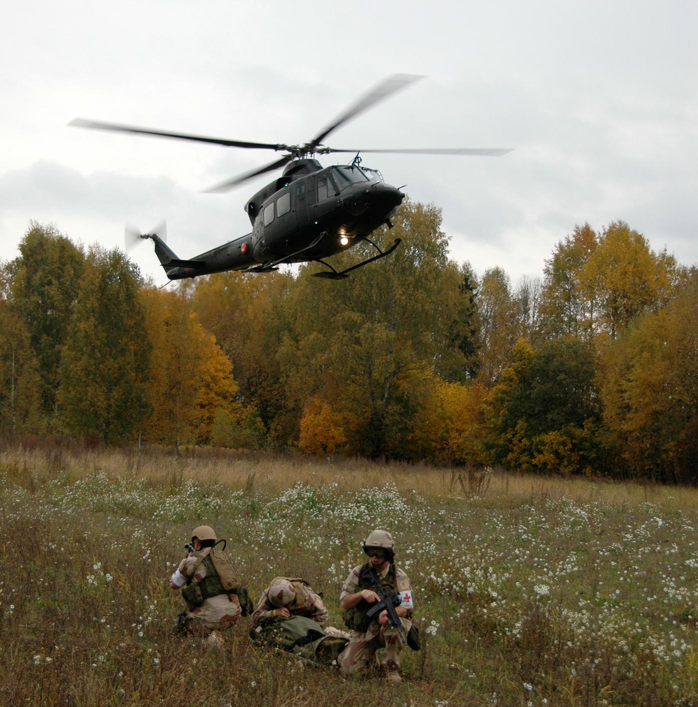 Bell-helikoper fra Forsvaret