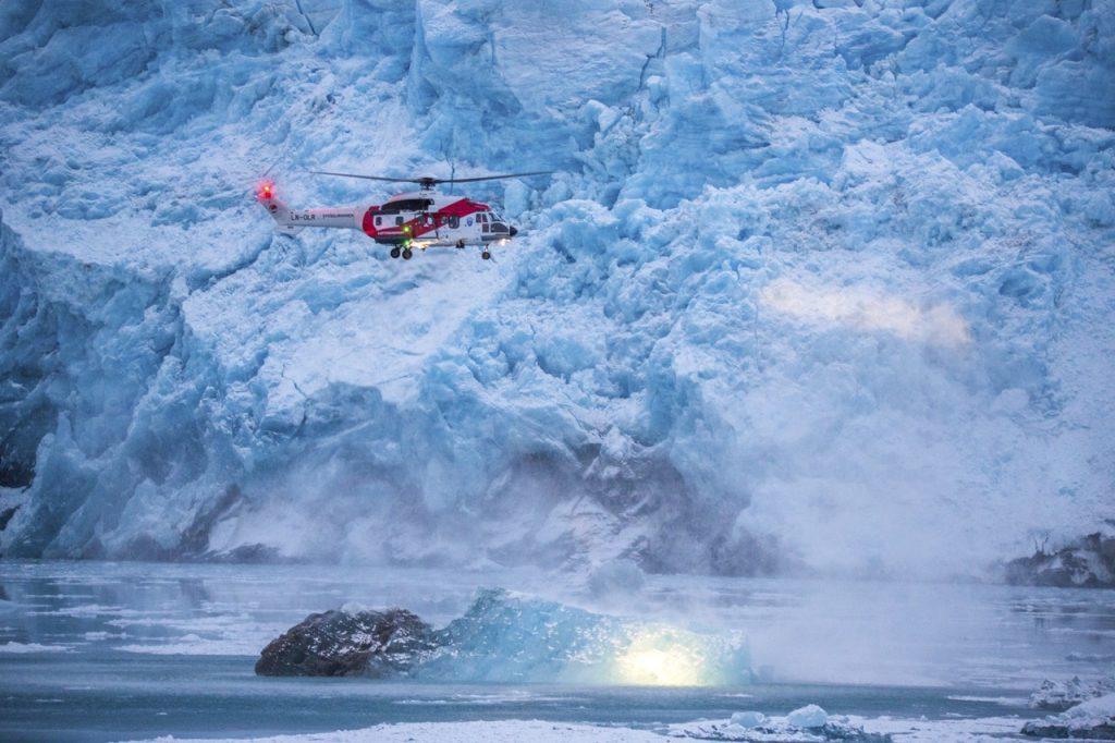 Helikopter på Svalbard. Illustrasjonsfoto: Fredrik Naumann/Felix Features