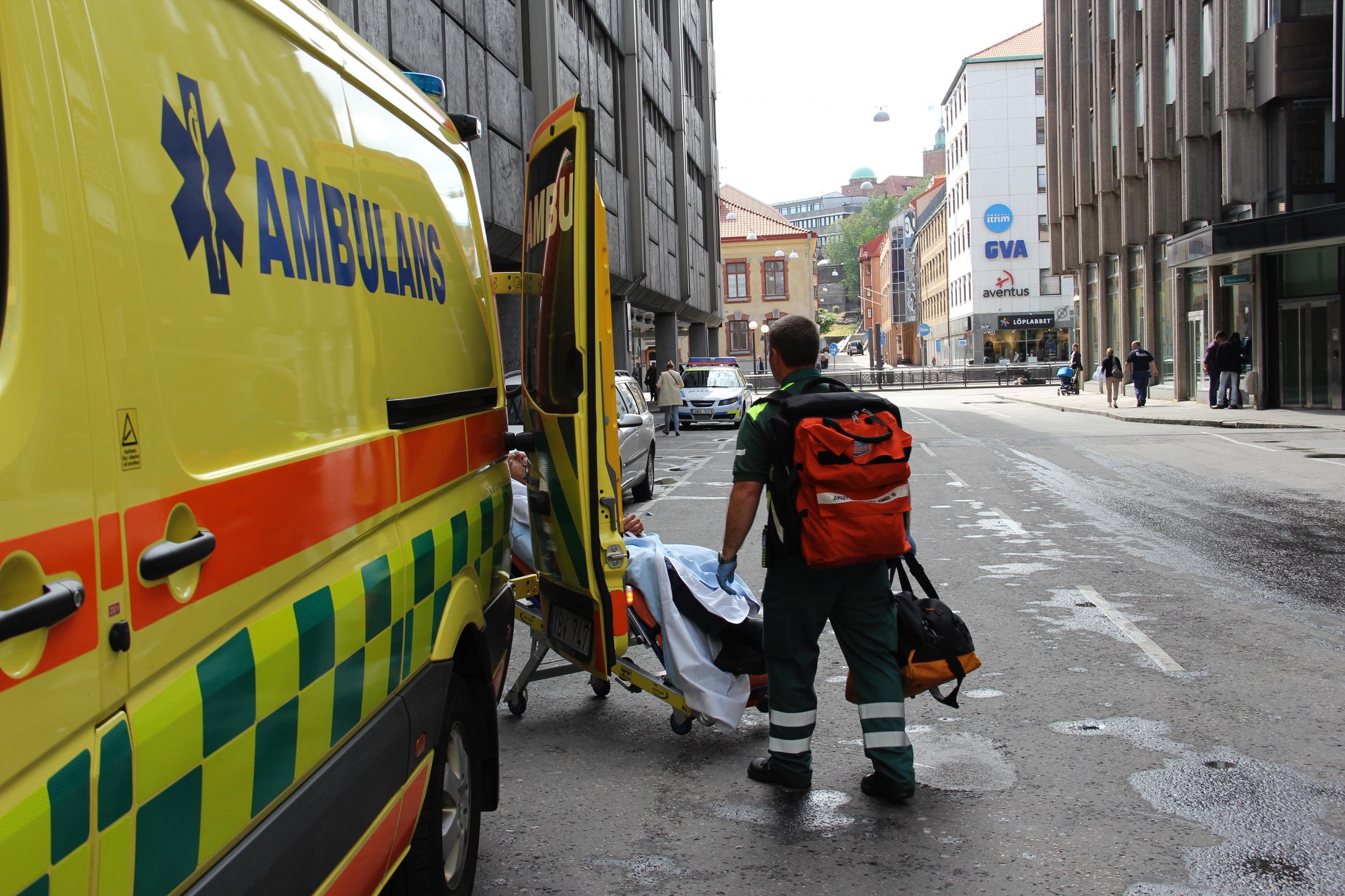 Svensk ambulanse i aksjon. Foto: Live Oftedahl