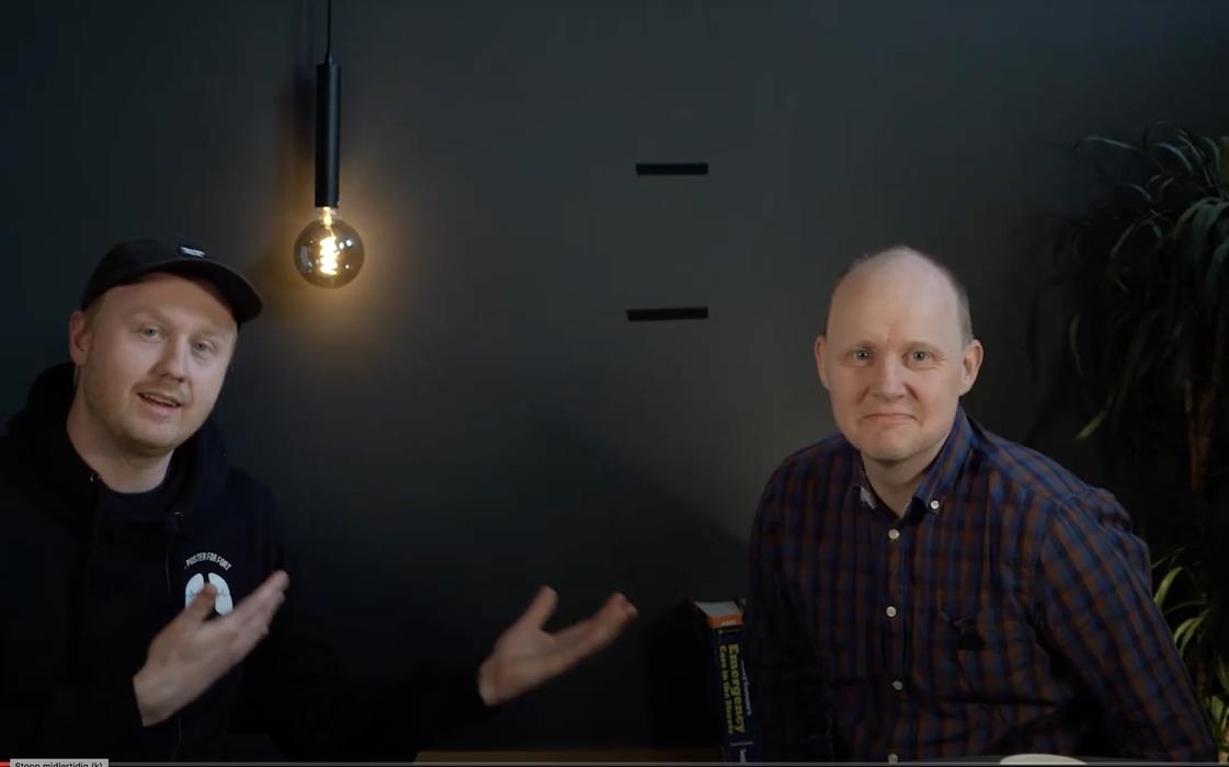 Ole Kristian Andreasen (til venstre) med Robert Bentehaugen. Foto: Screenshot fra YouTube
